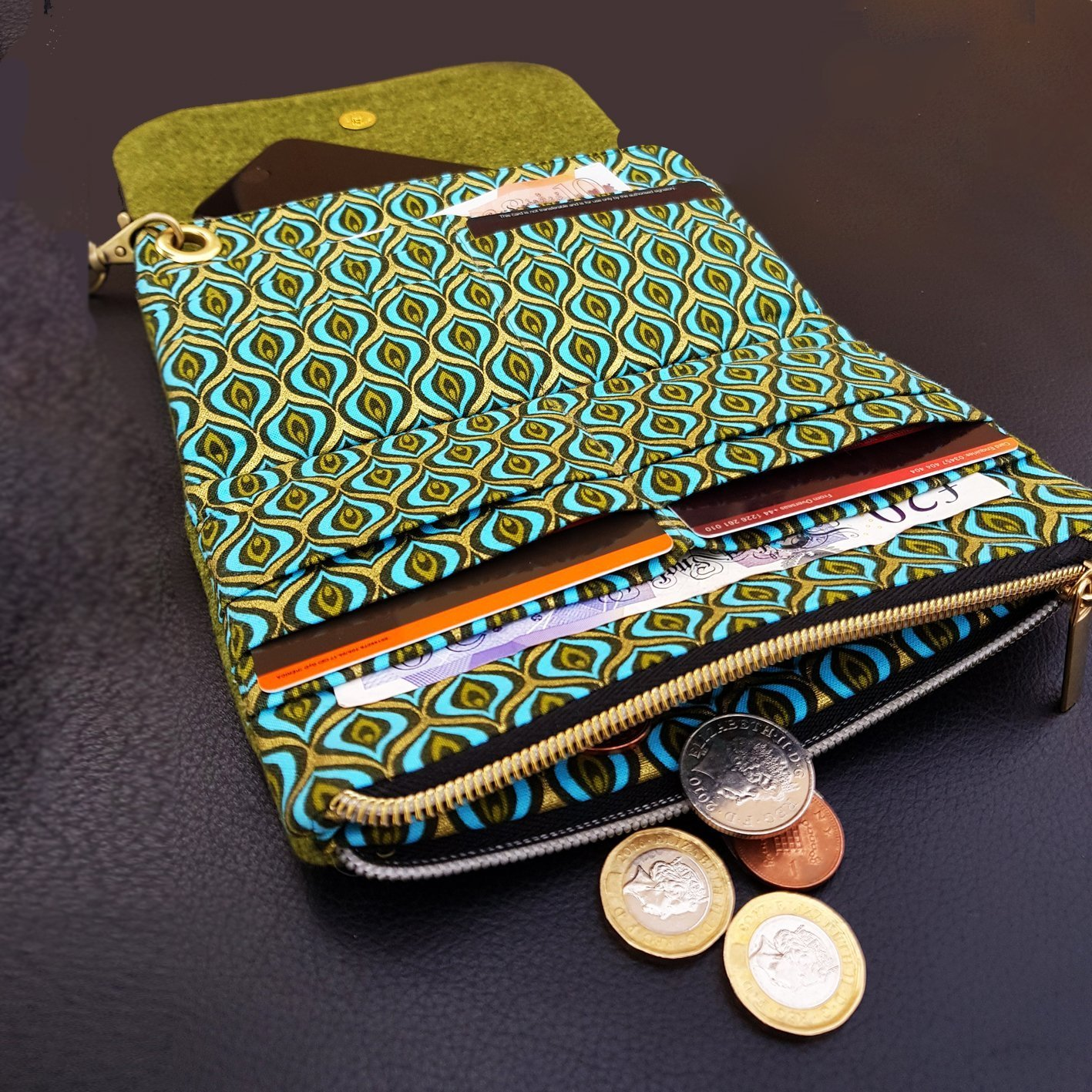 flip purse green